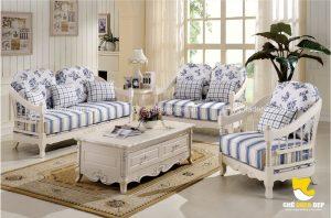Nhẹ nhàng, tinh tế và lạ mắt, đó chính là những từ để miêu tả mẫu ghế sofa cổ điển này
