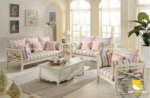 Bạn hoàn toàn có thể tìm được một chiếc ghế sofa có sự hòa quyện giữa vẻ đẹp cổ điển và hiện đại