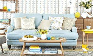 Màu xanh Pastel của chiếc ghế sofa khiến người ta mê mẩn